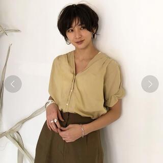 TODAYFUL - 【美品】TODAYFUL  カラーレスボイルシャツ イエロー