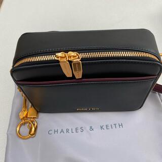 Charles and Keith - ショルダーバッグ charles&keith
