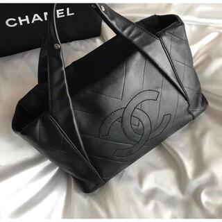 CHANEL - 美品♡シャネル CHANEL シェブロンステッチ ミニボンバッグ ハンドバッグ