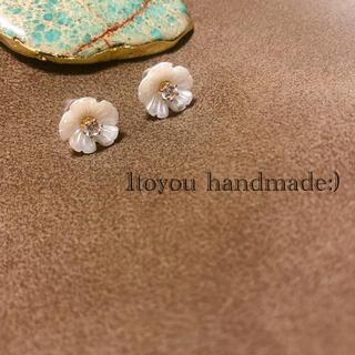 可愛いのにプチプラ☪️🧡 127 / handmade pierce