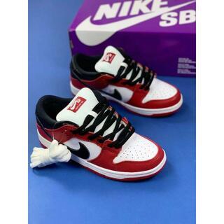 新品27cm Nike SB Dunk Low Pro Chicago(スニーカー)