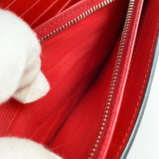 Christian Louboutin(クリスチャンルブタン)のクリスチャンルブタン チェーンウォレット ショルダー長財布  限定品 レア レディースのファッション小物(財布)の商品写真