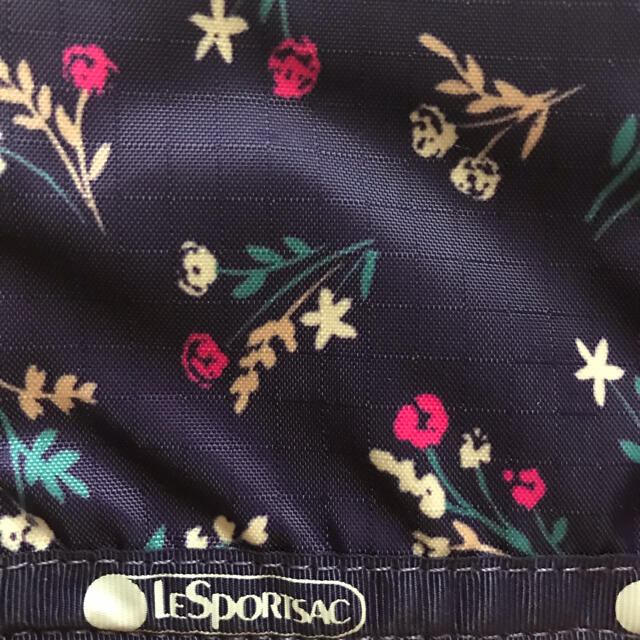 LeSportsac(レスポートサック)のレスポートサック★ポーチ レディースのファッション小物(ポーチ)の商品写真