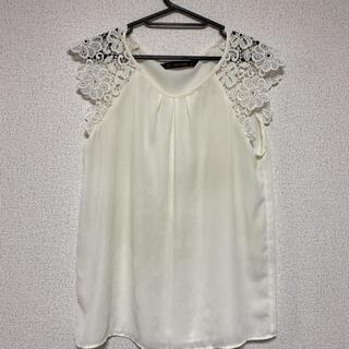 ザラ(ZARA)のZARA☆肩レース編みデザインカットソー(カットソー(半袖/袖なし))