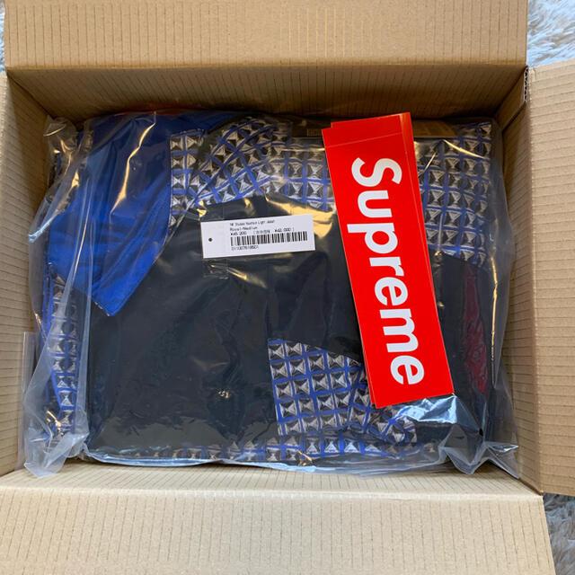 Supreme(シュプリーム)の【最終値下げ】Supreme Studded マウンテンライトジャケット メンズのジャケット/アウター(マウンテンパーカー)の商品写真