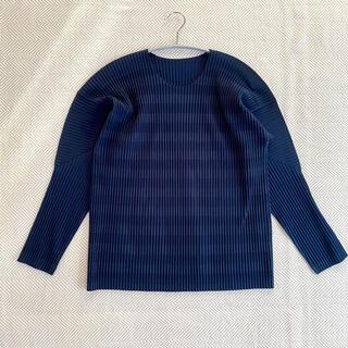 イッセイミヤケ(ISSEY MIYAKE)のイッセイミヤケ HoMME PLISSE メンズ 長袖シャツ 紺サイズ2(Tシャツ/カットソー(七分/長袖))