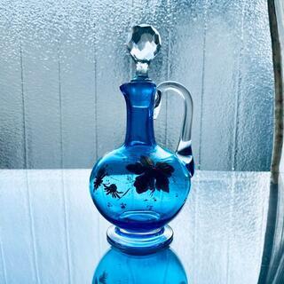 バカラ(Baccarat)の【極希少美品】オールドバカラ❀.°アールヌーヴォー青い花金彩の香水瓶(その他)