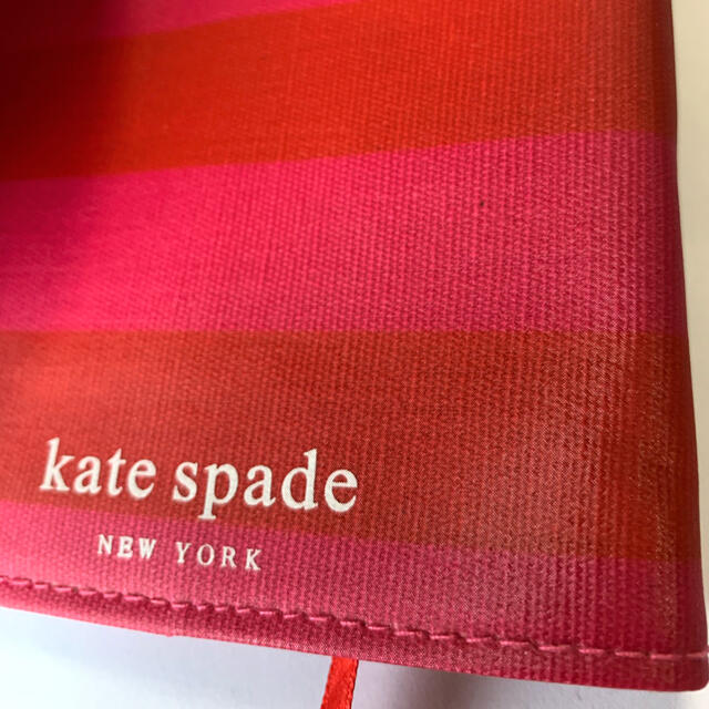 kate spade new york(ケイトスペードニューヨーク)の♠︎Kate spade NEW YORK♠︎ ブックカバー(文庫本サイズ) レディースのファッション小物(その他)の商品写真