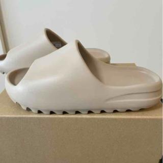 アディダス(adidas)のYEEZY SLIDE PURE ADULTS(サンダル)