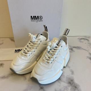 エムエムシックス(MM6)のMM⑥ MaisonMargiela パテッドランナー スニーカー新品(スニーカー)