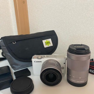 Canon EOS M10 Wズームキット WH