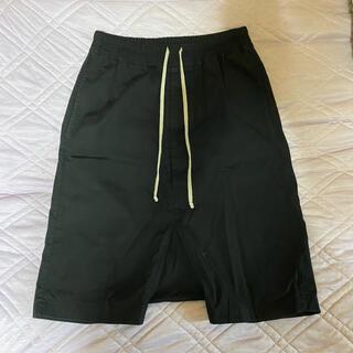 リックオウエンス(Rick Owens)のRick Owens pods shorts(ショートパンツ)