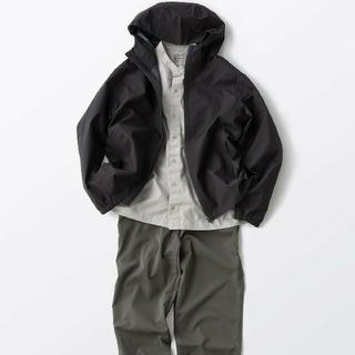 MUJI (無印良品) - 〓新品〓 透湿 撥水防水テープ使いフードジャケット 紳士/黒/L