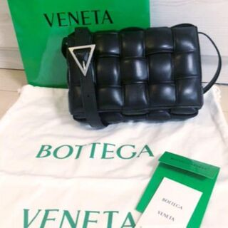 Bottega Veneta - 大人気!新品★ボッテガヴェネタ パテッドカセットバッグ 黒