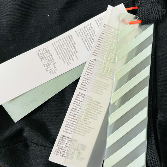 OFF-WHITE(オフホワイト)のOFF-WHITE DIAGONAL 3D LINE 限定 メンズのトップス(Tシャツ/カットソー(半袖/袖なし))の商品写真