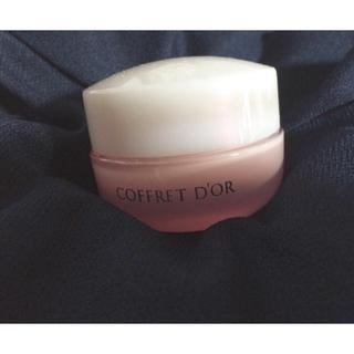 コフレドール(COFFRET D'OR)のコフレドールモイストフィットベース(化粧下地)
