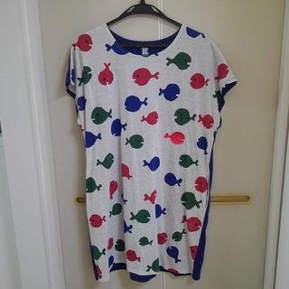 グラニフ(Design Tshirts Store graniph)のグラニフ(graniph) きんぎょがにげた (五味太郎) 半袖 ワンピース(ひざ丈ワンピース)