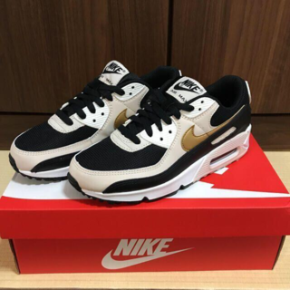 NIKE - ★極美品★シNike Air Max90 Essential 24.5cm