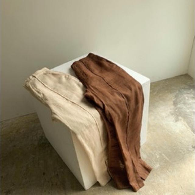 Kastane(カスタネ)のamiur see through linen pants (最終値下げ) レディースのパンツ(カジュアルパンツ)の商品写真