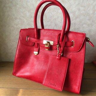 リエンダ(rienda)の定価13,800円、rienda、バッグ、赤色、ハンドバッグ、ショルダーバッグ(ハンドバッグ)