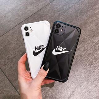 大人気 iPhone12Proケース ナイキ  iPhone11ケース