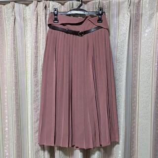 メゾンドフルール(Maison de FLEUR)のプリーツスカート(ひざ丈スカート)