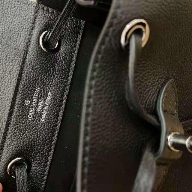 LOUIS VUITTON(ルイヴィトン)のLOUIS VUITTON ロックミー・バックパック レディースのバッグ(リュック/バックパック)の商品写真
