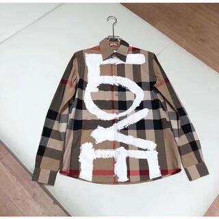 BURBERRY - ≪Burberry≫LOVE ハウスチェックシャツ