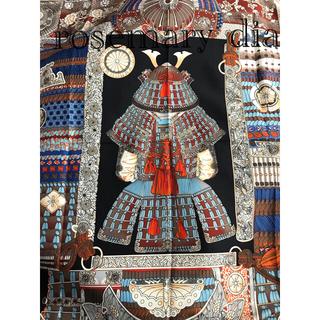 【新品未使用】シルク スカーフ ⭐︎美しい 和柄 家紋 兜 兜房 鎧 絹 ♪