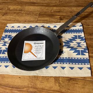 ペトロマックス(Petromax)の【新品・未使用】ペトロマックス シュミーデアイゼン 28cm(調理器具)