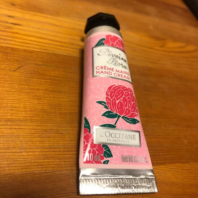 L'OCCITANE(ロクシタン)のロクシタン フェアリーハンドクリーム 10ml コスメ/美容のボディケア(ハンドクリーム)の商品写真