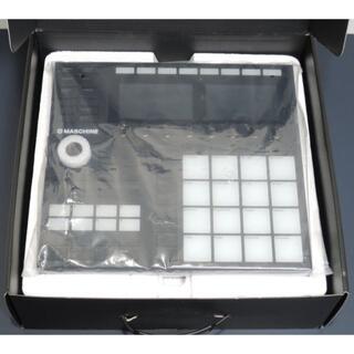 Maschine MK3 ユーザー登録可能 Native Instruments(MIDIコントローラー)