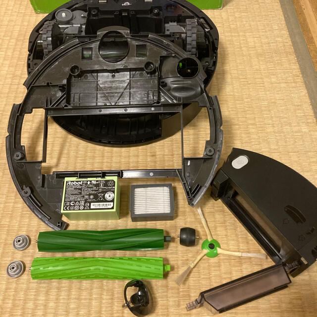 iRobot(アイロボット)の美品⭐︎人気商品⭐︎純正バッテリー搭載で長寿命♪ルンバe5 iRobot スマホ/家電/カメラの生活家電(掃除機)の商品写真