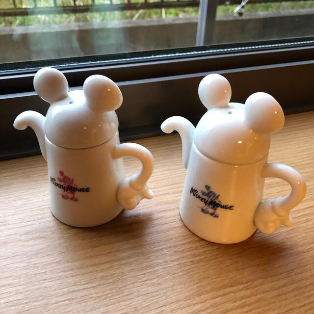 Disney(ディズニー)の美品 ミッキーマウス 醤油差し 2個セット レア 非売品 エンタメ/ホビーのおもちゃ/ぬいぐるみ(キャラクターグッズ)の商品写真