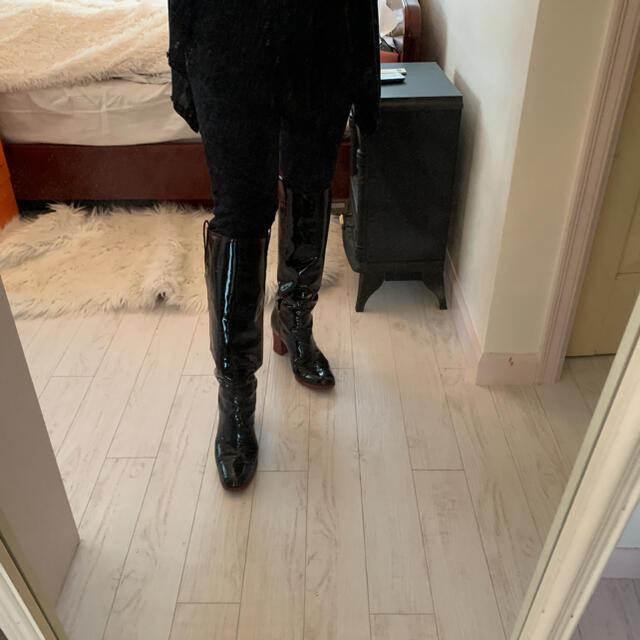 Saint Laurent(サンローラン)のサンローランエナメルブーツ❣️ レディースの靴/シューズ(ブーツ)の商品写真