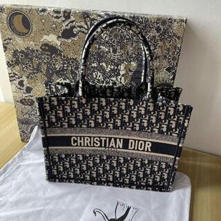 Christian Dior - 美品ディオールブックトートネイビートートバッグ