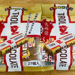 ★チロルチョコ★ 九州発❗️元祖チロルチョコ ミルクヌガー 27個入り 2袋(菓子/デザート)