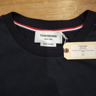 THOM BROWNE - 【タグ付き新品未使用】トムブラウンクルーネックTシャツネイビーリラックスフィット