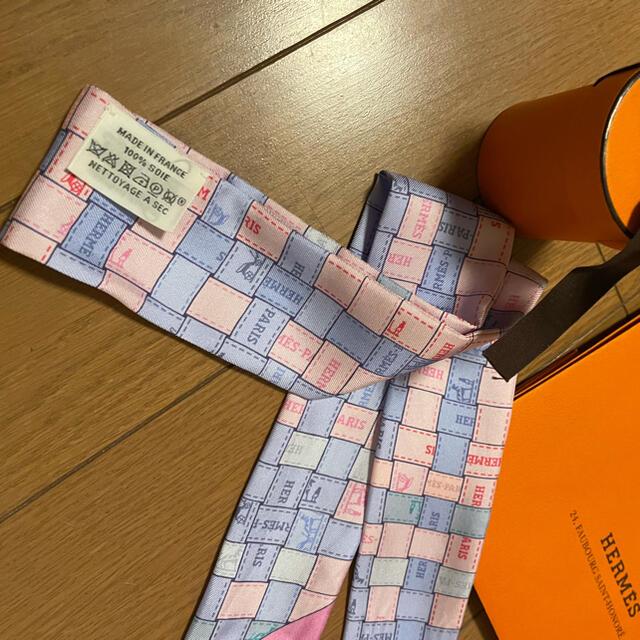 Hermes(エルメス)の超美品❣️正規エルメスシルク100%ツイリー レディースのファッション小物(バンダナ/スカーフ)の商品写真