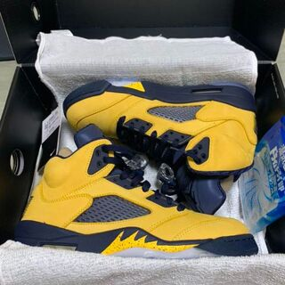 新品未使用 AIR JORDAN 5 MICHIGAN 26.5cm(スニーカー)