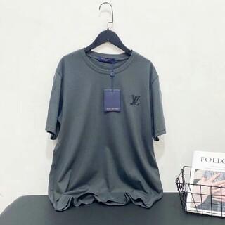 ルイヴィトン(LOUIS VUITTON)の新製品刺繡ロゴラウンドネック半袖Tシャツ(Tシャツ/カットソー(半袖/袖なし))
