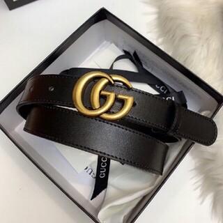 Gucci - ファッションダブルGスチールバックルレザーレディースベルト