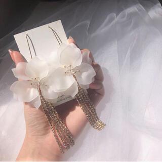 bride me フラワーピアス