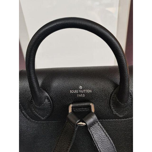 LOUIS VUITTON(ルイヴィトン)のルイ ヴィトン ロックミー バックパック リュック/ブラック レディースのバッグ(リュック/バックパック)の商品写真