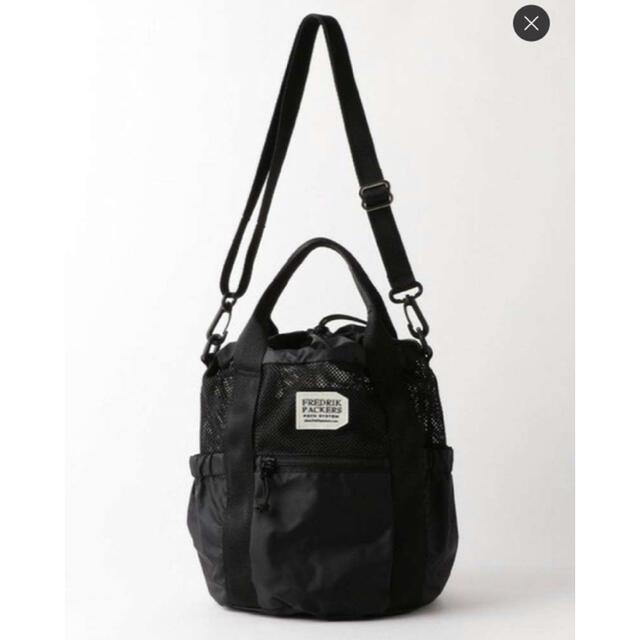green label relaxing(グリーンレーベルリラクシング)のfredrikpackers 巾着2WAYバッグ ブラック レディースのバッグ(ショルダーバッグ)の商品写真
