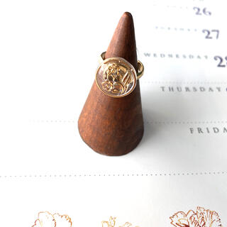 Ameri VINTAGE - 再販❁⃘*.゚2輪の花 チェコガラスボタンのリング
