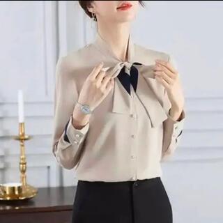 【M】ボウタイブラウス リボン 韓国ファッション  アプリコット(シャツ/ブラウス(長袖/七分))