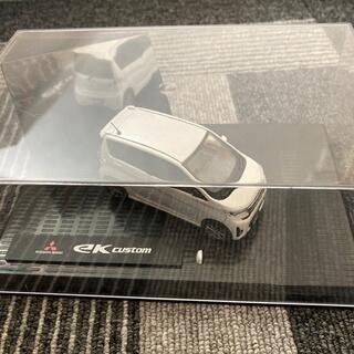 ミツビシ(三菱)の1/43 三菱 ディーラー特注 非売品 eKワゴン ミニカー ホワイト(ミニカー)
