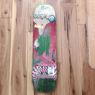 プリミティブ デッキ スケートボード