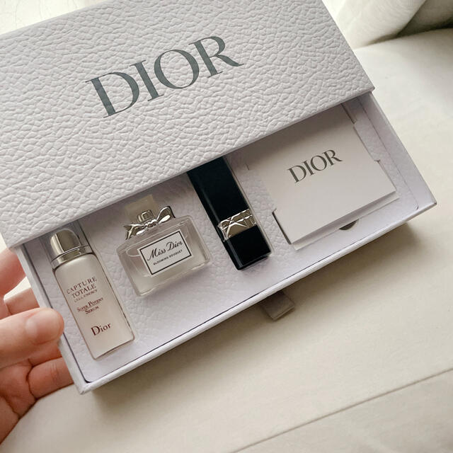 Dior(ディオール)のdior♡コスメセット 新品 コスメ/美容のキット/セット(サンプル/トライアルキット)の商品写真